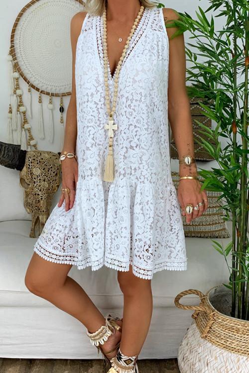 Lace V-neck Sleeveless Swing Dress