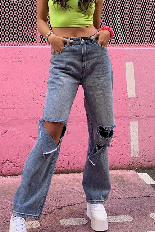 Loose Cutout Frayed Jeans