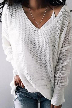 Solid  V-neck    Knit Pullover
