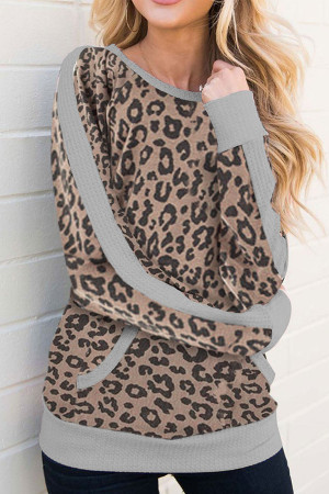 Pocket Leopard Scoop Sweatshirt