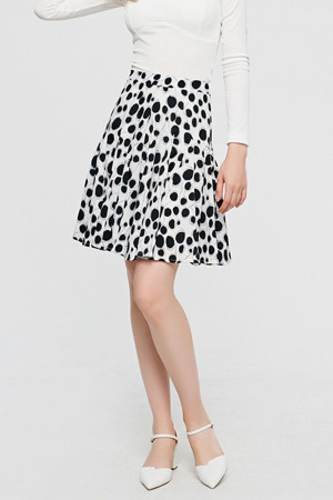 Polka Dot Pleated Short Skirt