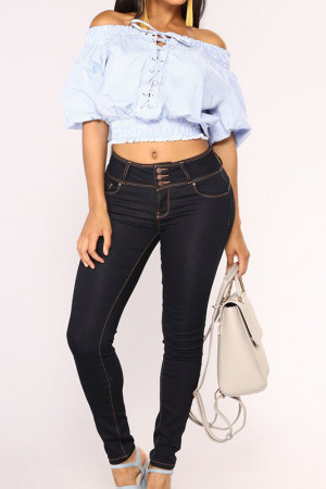 Solid Buttoned Fitted Jeans